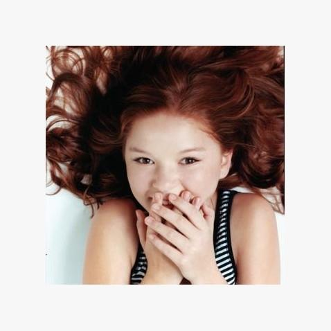 美国达人秀 11岁小女孩唱歌震惊全场太好听了