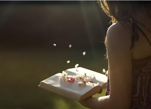 小时候快乐很简单 - 广寒仙子 - 月亮下的故事
